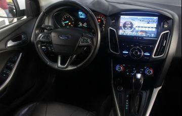 Ford Focus 2.0 SE Plus Fastback 16v - Foto #9