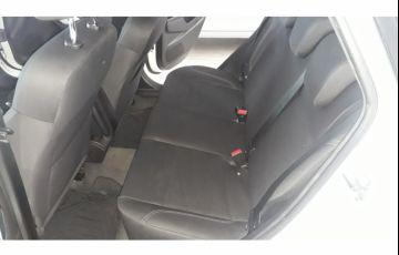 Ford New Fiesta Sedan 1.6 SE PowerShift (Flex) - Foto #4