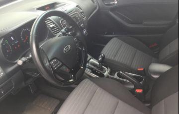 Kia Cerato 1.6 16V (aut) - Foto #8