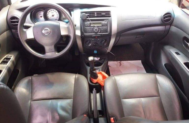 Nissan Livina 1.6 S 16v - Foto #9