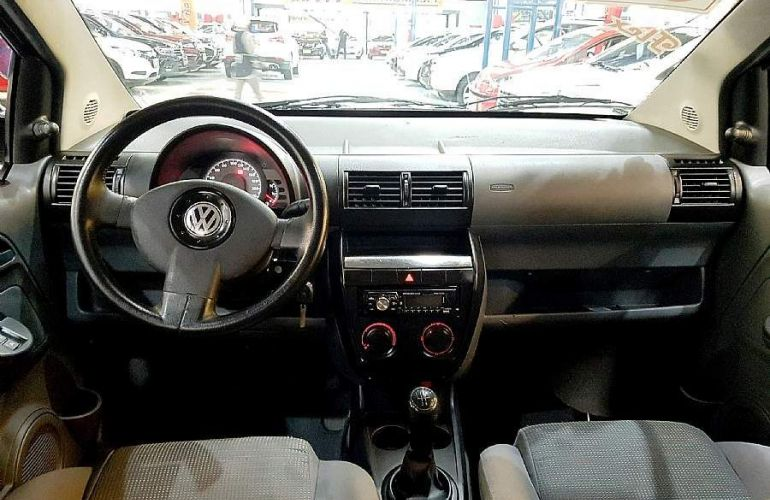 Volkswagen Fox 1.6 Mi 8v - Foto #2