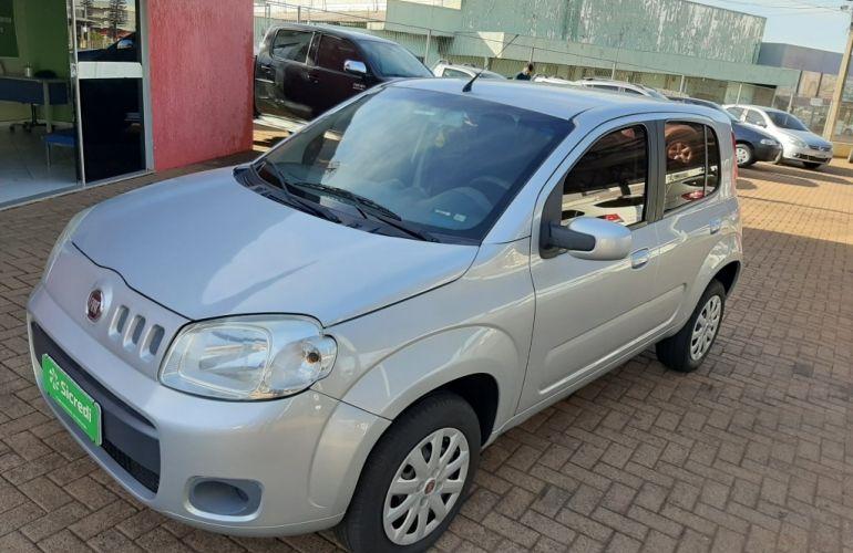 Fiat Uno Vivace 1.0 8V (Flex) 4p - Foto #2