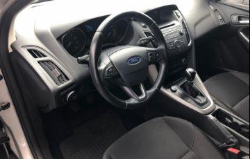 Ford Focus Hatch SE 1.6 16V TiVCT - Foto #4