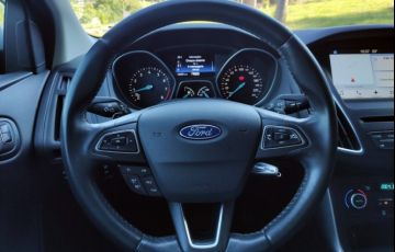 Ford Focus Fastback SE 2.0 PowerShift - Foto #10