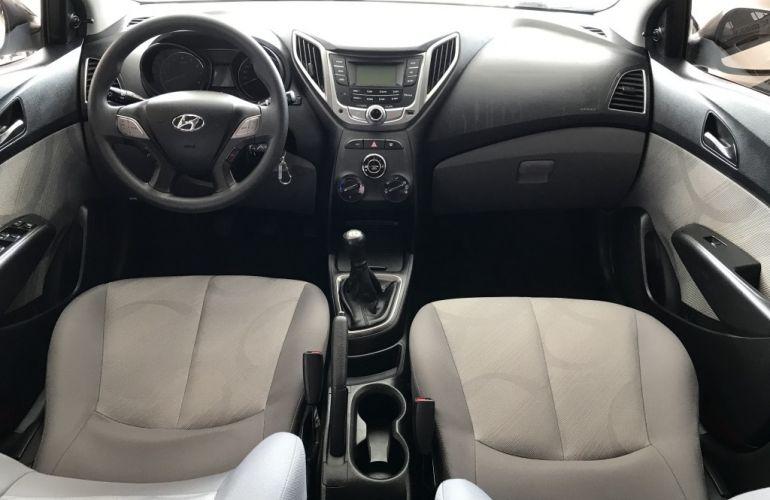 Hyundai HB20S 1.0 Comfort Plus - Foto #6