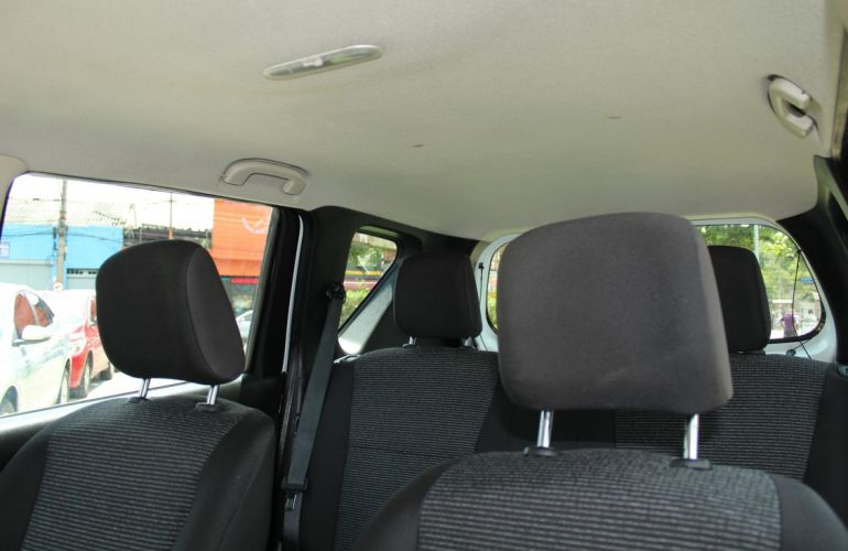 Nissan Livina 1.8 S 16v - Foto #9