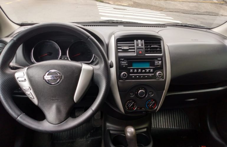 Nissan Versa 1.6 16V SV - Foto #5