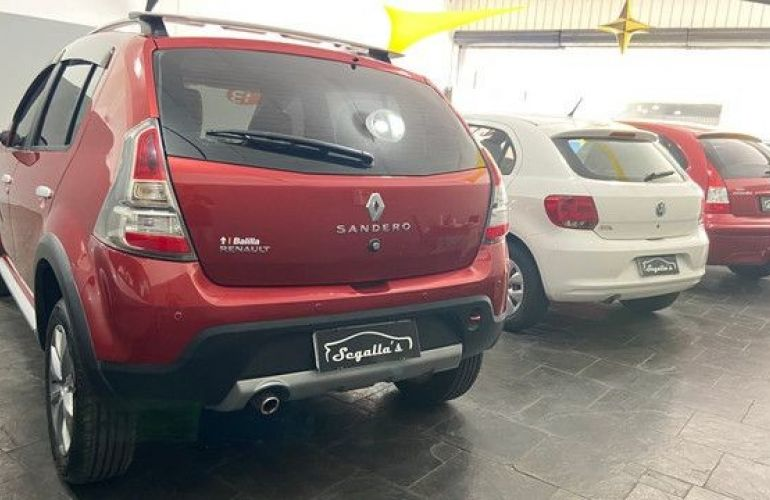 Renault Sandero 1.6 Stepway 16v - Foto #5