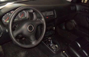 Volkswagen Golf 2.0 Mi 8V - Foto #4