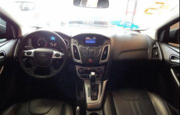 Ford Focus SE 2.0 16V Flex - Foto #5