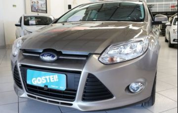Ford Focus SE 2.0 PowerShift - Foto #1
