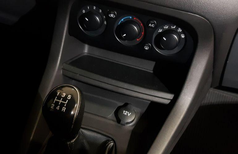 Ford Ka + 1.0 Tivct SE Plus - Foto #10