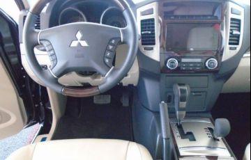 Mitsubishi Pajero Full HPE 4X4 3.2 Turbo Intercooler 16V - Foto #7