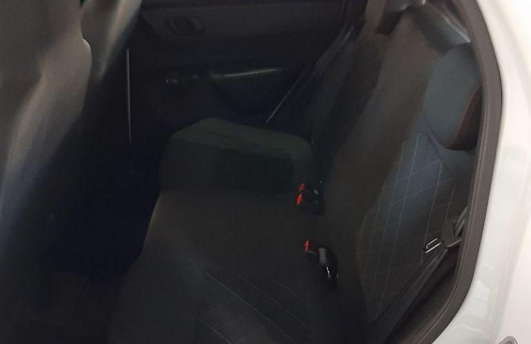 Jeep Renegade 2.0 16V Turbo Custom 4x4 - Foto #9