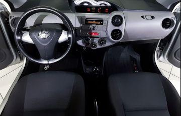 Toyota Etios 1.5 Xs Sedan 16v - Foto #10