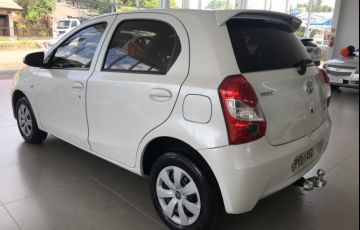 Toyota Etios 1.3 X - Foto #5