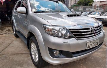 Toyota Hilux SW4 SRV 3.0 4X4(5 lugares) - Foto #2