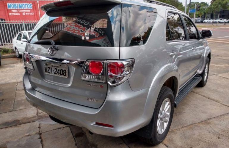 Toyota Hilux SW4 SRV 3.0 4X4(5 lugares) - Foto #4
