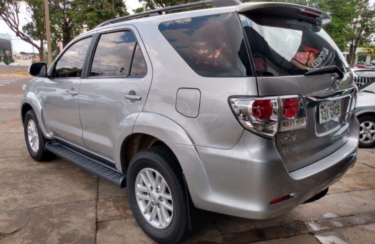 Toyota Hilux SW4 SRV 3.0 4X4(5 lugares) - Foto #5