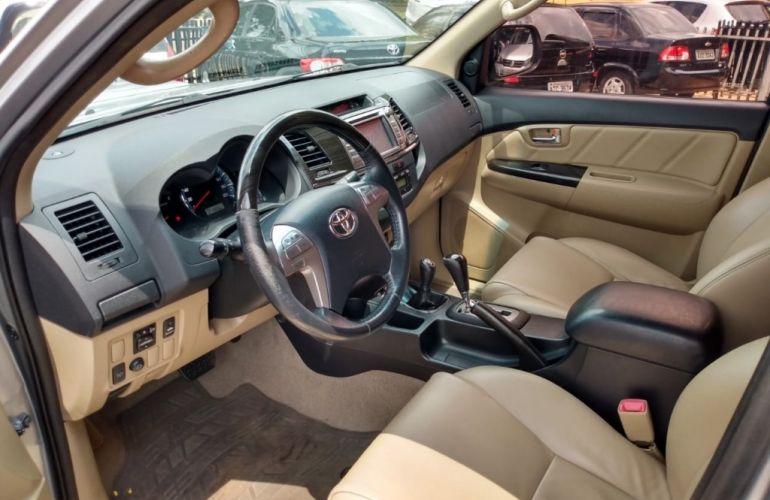 Toyota Hilux SW4 SRV 3.0 4X4(5 lugares) - Foto #7