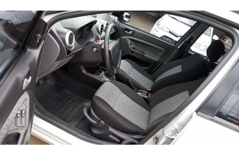 Ford Fiesta Hatch Class 1.6 (Flex) - Foto #9