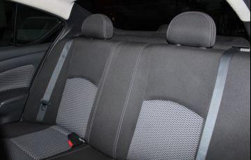 Nissan Versa 1.6 16V Flexstart S - Foto #10