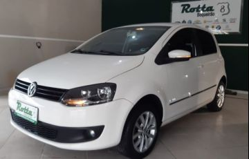 Volkswagen Fox Highline 1.6 VHT Total Flex - Foto #3