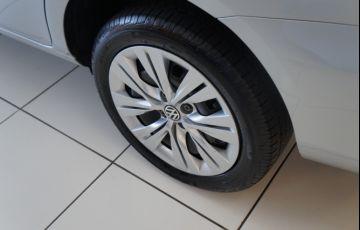 Volkswagen Voyage 1.6 MSI (Flex) - Foto #6