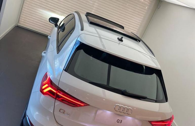 Audi Q3 1.4 35 TFSI Black S Tronic - Foto #4