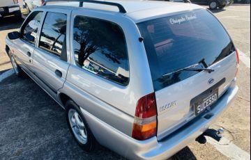 Ford Fiesta Hatch Personnalité 1.0 8V - Foto #4
