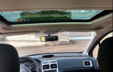 Peugeot 307 Hatch. Presence Pack 1.6 16V (flex) - Foto #3