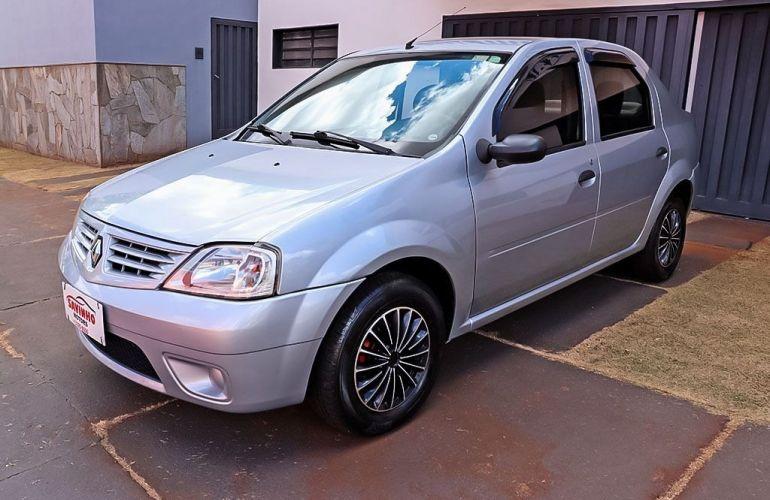 Renault Logan 1.0 Authentique 16v - Foto #3