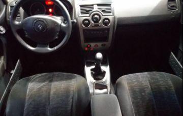Renault Megane 1.6 Dynamique Grand Tour 16v - Foto #3