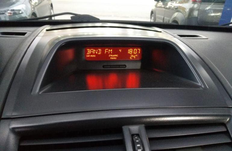 Renault Megane 1.6 Dynamique Grand Tour 16v - Foto #10