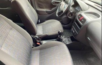 Chevrolet Corsa 1.4 MPFi Maxx Sedan 8v - Foto #9
