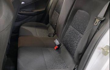 Chevrolet Onix LT 1.0 Turbo - Foto #7