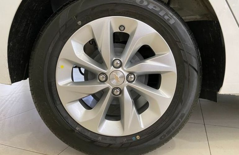 Chevrolet Onix LT 1.0 Turbo - Foto #10