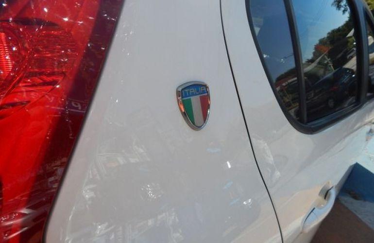 Fiat Palio Attractive Evo 1.4 Flex - Foto #8