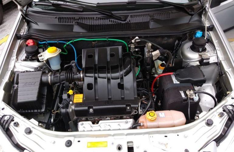 Fiat Siena 1.4 MPi Attractive 8v - Foto #5