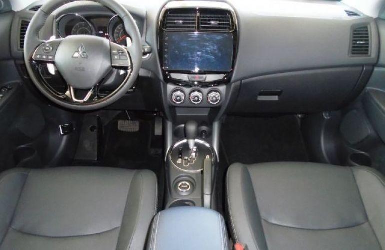 Mitsubishi Outlander Sport Hpe 2.0 MIVEC Duo VVT 4x4 - Foto #4