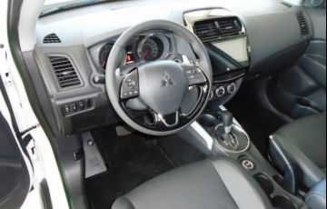 Mitsubishi Outlander Sport Hpe 2.0 MIVEC Duo VVT 4x4 - Foto #5