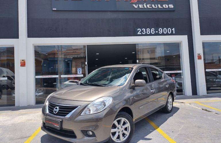 Nissan Versa 1.6 SL 16v - Foto #2
