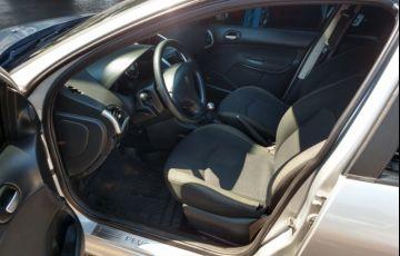Peugeot 207 Hatch XS 1.6 16V (flex) - Foto #7