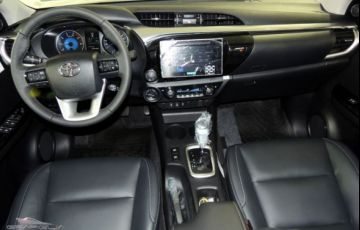 Toyota Hilux SRX AT 4X4 2.8L 16V DOHC - Foto #5