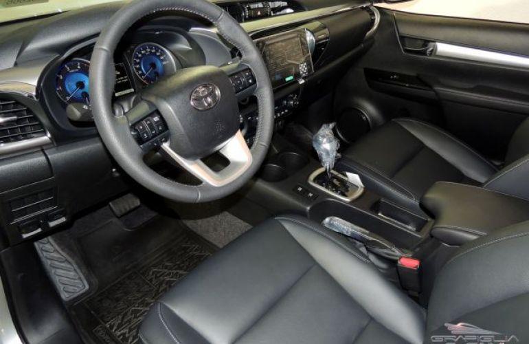 Toyota Hilux SRX AT 4X4 2.8L 16V DOHC - Foto #6
