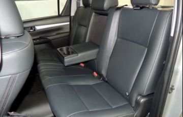 Toyota Hilux SRX AT 4X4 2.8L 16V DOHC - Foto #9