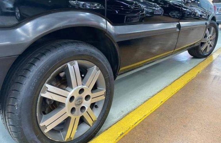 Chevrolet Zafira 2.0 MPFi Elite 8v - Foto #5