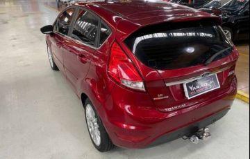 Ford Fiesta 1.6 Titanium Hatch 16v - Foto #2