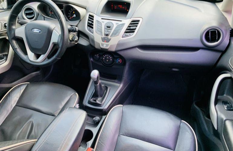 Ford New Fiesta Sedan 1.6 SE (Flex) - Foto #10