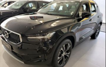 Volvo XC40 2.0 T4 Inscription AWD Geartronic